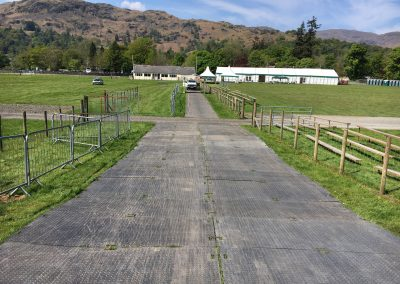 Trackway and Barriers Fred